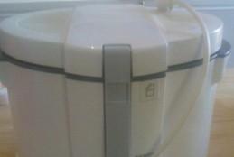 طريقة تنظيف و غسل القلاية الكهربائية بالصور
