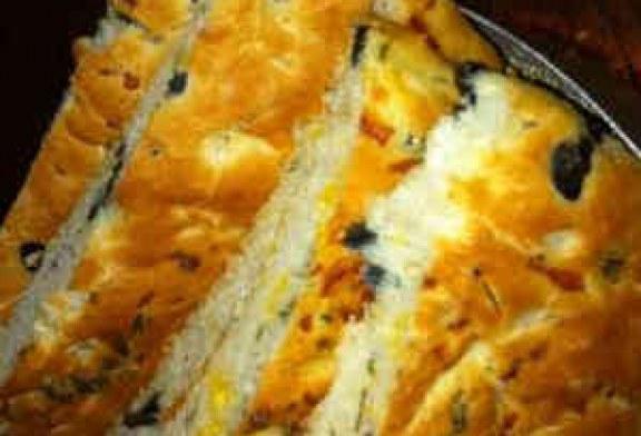 طريقة عمل خبز الجبن والزيتون سهل ولذيذ بالصور