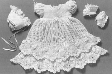 طريقة عمل فستان طفلة بالكروشيه