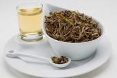 ٨ فوائد لإستخدم الشاي الابيض لانقاص الوزن