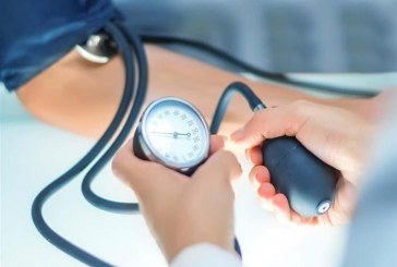 تعرف علي الخطوات الواجب اتخاذها عند إنخفاض ضغط الدم